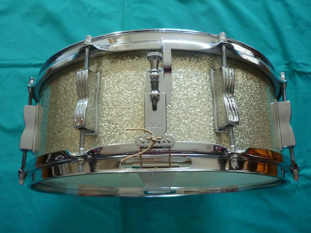 1965 ludwig jazz festival snare drum 14 x 5 purple chord classic drums cymbals. Black Bedroom Furniture Sets. Home Design Ideas