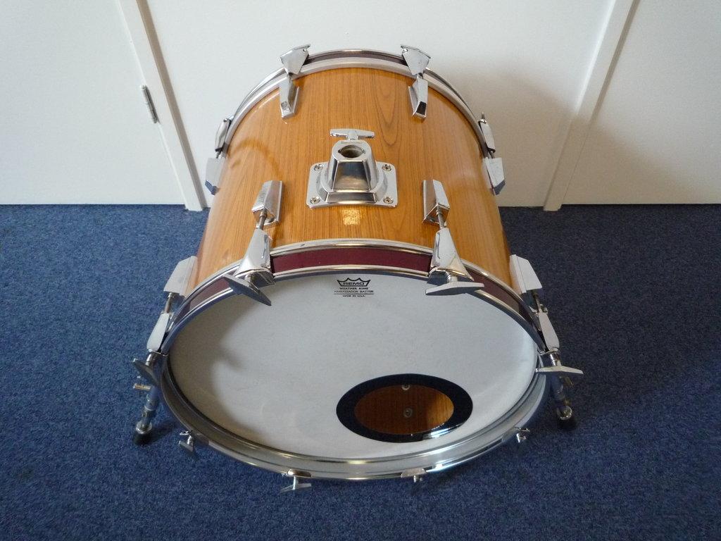 3cf75f512634 Bass Drum 18