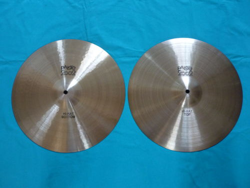 "15"" Paiste 2002 Hi-Hat from 1976, black logo"