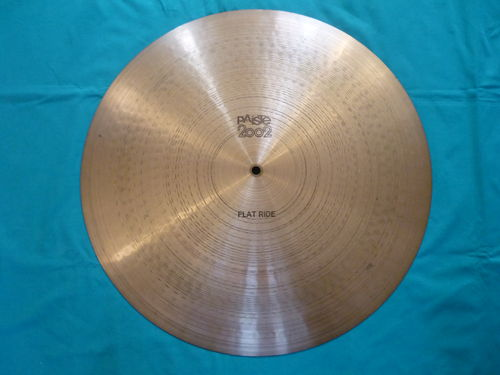 "20"" Paiste 2002 Flat Ride from 1978 black logo"