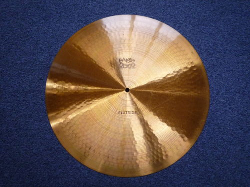 "20"" Paiste 2002 Flat Ride from 1979 black logo, 2176 grams"