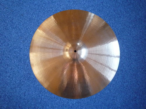 "21"" Paiste 2002 Medium black logo, 2270 grams, from 1982, RARE!"