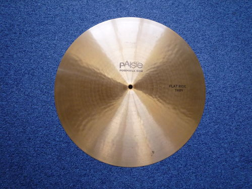 "18"" Paiste 602 Flat Ride Thin, 1522 gr. from 1978"