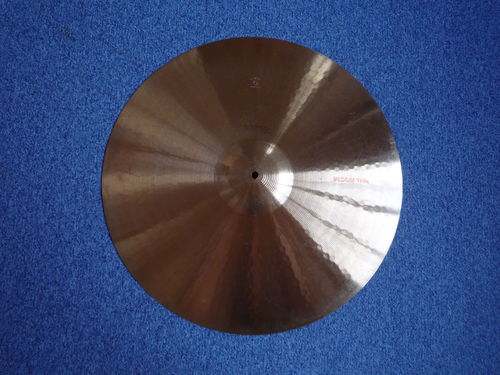 "22"" Paiste Dixie Medium Thin, 2040 grams from 1960's"