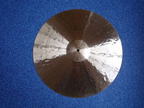 "20"" Paiste Traditional Light Ride, 1910 grams"