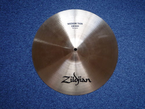 "16"" Zildjian Avedis Medium Thin Crash 1162 grams, Full logo, 1980's"
