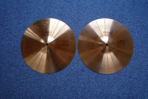"14"" Paiste 404 Medium Hi-Hat, 730 and 627 grams, old logo"