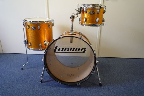 "Ludwig Classic Maple 100th Badge, 3- Piece Shell Pack, 20""-10""-14"" gold sparkle"