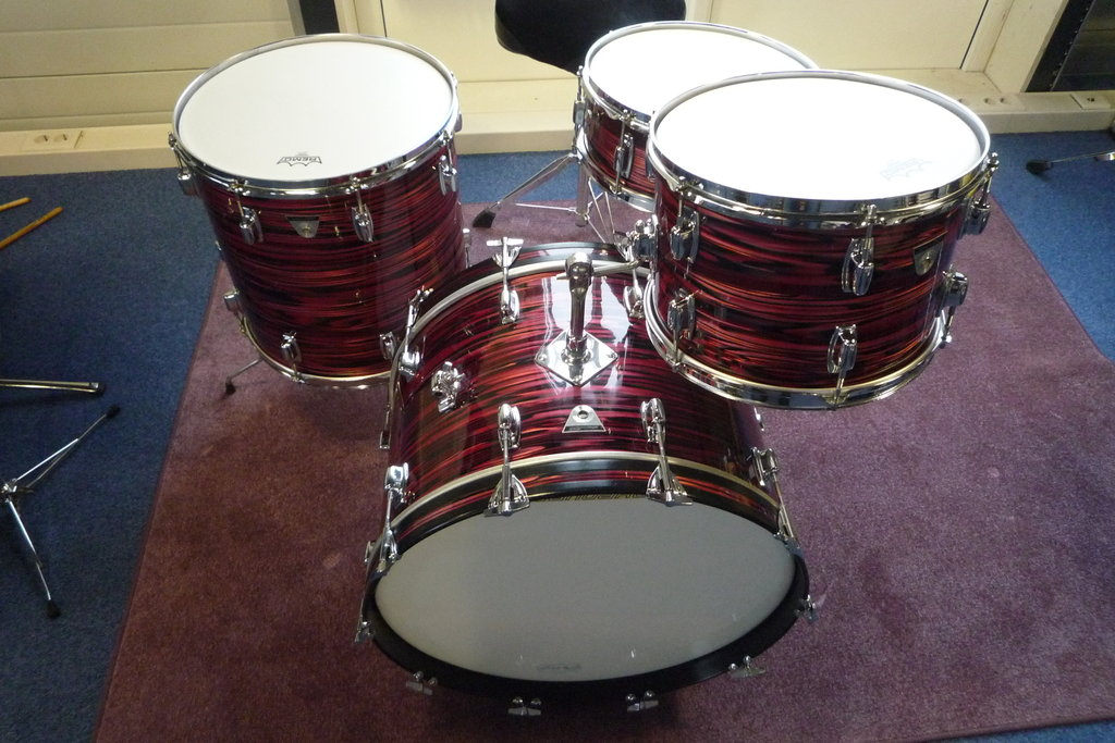 1969 74 Ludwig Standard S 320 Outfit In Ruby Strata 22
