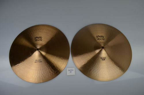 "15"" Paiste 2002 Hi-Hat black label, 1153 and 983 grams from 1977"