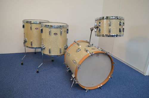 "Royal vintage drumset 18"", 12"", 14"", 16"", made in Holland 1960's"