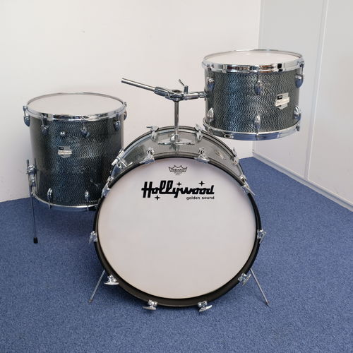 "1960's Hollywood Meazzi Golden Sound 22""-13""-16"" drumset in grey herringbone pearl"