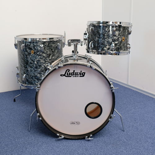"1968 Ludwig drumset 20""-12""-16"", Black Diamond Pearl, 3-ply"