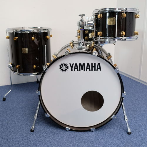 "Yamaha Maple Custom drumkit 22""-12""-16""- snare 14"" x 5"" Black Maple finish, MINT!"