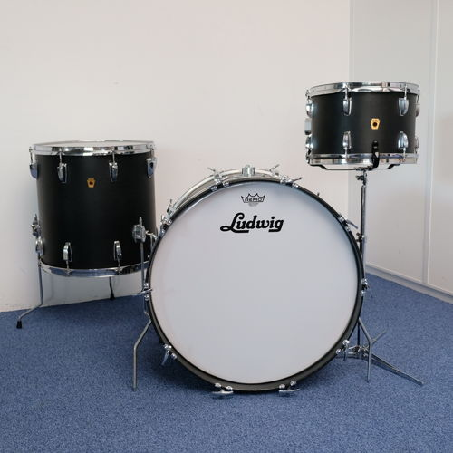 "1968 Ludwig Black Panther drumset 22"" - 12"" - 16"", 3-ply shell"